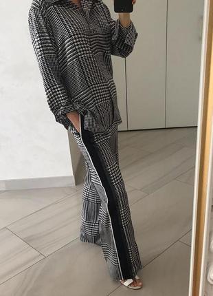 Шёлковый брючной костюм victoria beckham. оригинал.