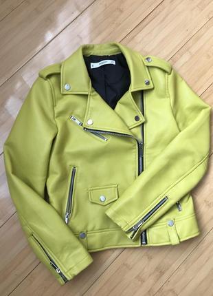 Фирменная косуха, куртка из эко кожи