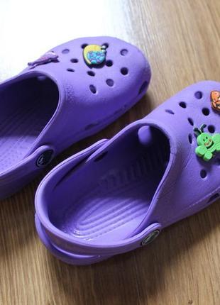 Яркие летные аквашузы сабо сандали привлекательного цвета crocs размер c10-11 (27-28)3 фото