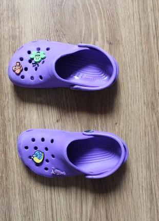 Яркие летные аквашузы сабо сандали привлекательного цвета crocs размер c10-11 (27-28)4 фото