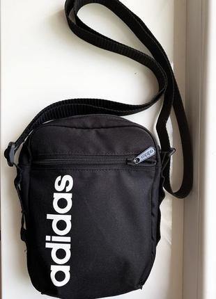 Классная удобная сумка на плечо adidas linear core organizer bag / сумка на пояс