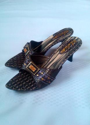 Шлепки шлепанцы босоножки на каблуке lubamei