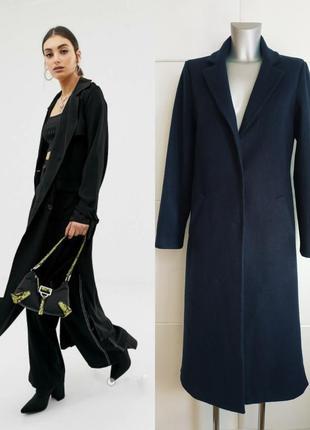 Стильное длинное пальто new look базового темно-синего цвета с боковыми разрезами