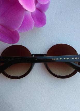 Новые модные круглые очки (с царапинками на стекле) коричневые