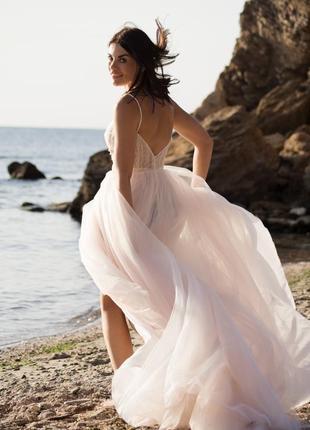 Нежно свадебное платье