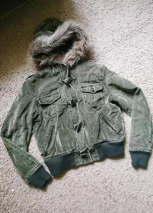 Куртка косуха вельветовая на подростка для девочки осенняя хаки