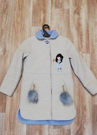 Стильное, модное деми пальто на девочку