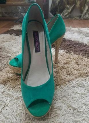 Замшивые туфли