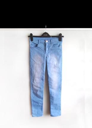 Зауженные джинсы h&m на 10-11 лет / 146 см