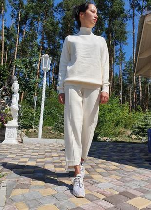 Женский прогулочный костюм молочного цвета lara (италия) размер s-m