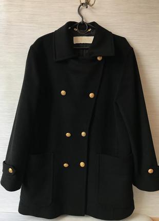 Женское пальто escada