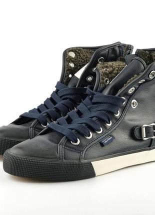 Кожаные утепленные ботинки esprit