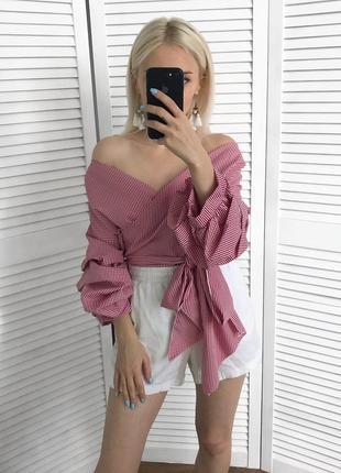 Клетчатая блузка с пышными рукавами