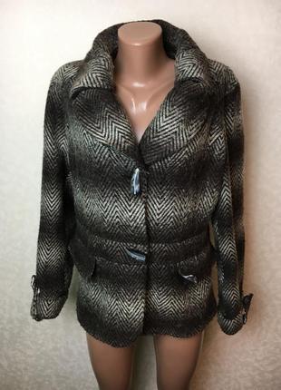 Приталенная куртка пиджак