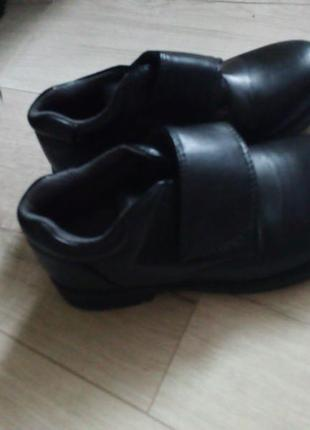 Отличные классические туфли для мальчика3 фото
