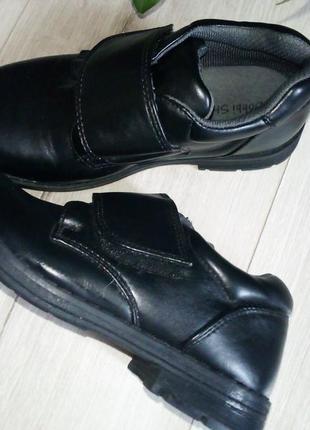 Отличные классические туфли для мальчика4 фото