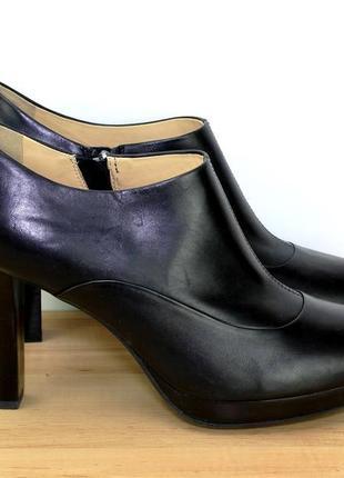 Geox закрытые туфли на осень