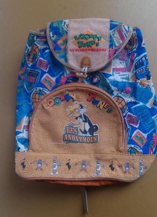 Фирменній большой облегченній рюкзак для путешествий