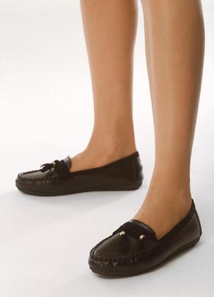Новые женские черные лоферы туфли на низком ходу