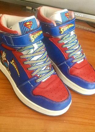 Кожаные детские ботинки на 35