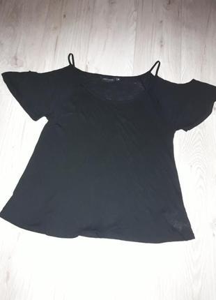 Кофточка футболка с открытыми плечами