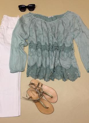 Шёлковая блуза с ришелье