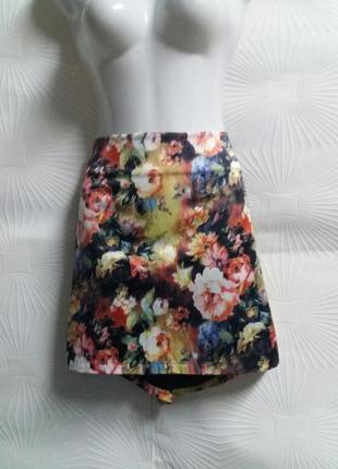 Красивая атласная юбка на подкладке