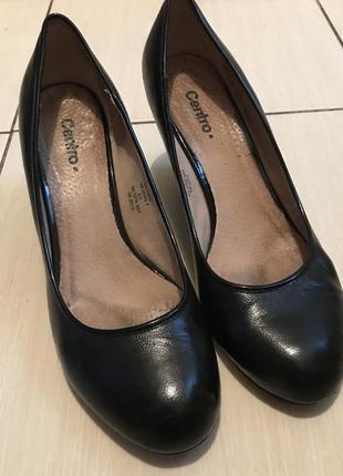 Чёрные кожаные туфли на платформе