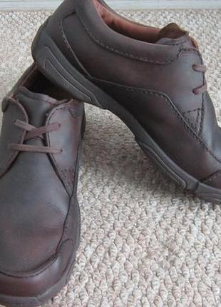 Кожаные туфли clarks 44 р, мужские коричневые мокасины кларкс