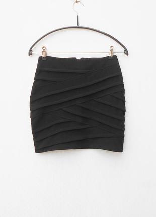 Черная бандажная мини юбка на молнии