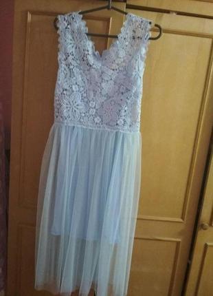 Шикарное белое платье с фатином и кружевом р. 44-46