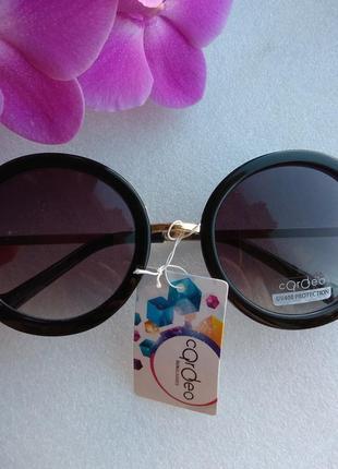 Новые круглые очки (потертость на стекле) черные
