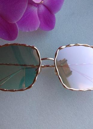Новые стильные зеркальные очки (с незаметной царапиной на стекле) розовая пудра