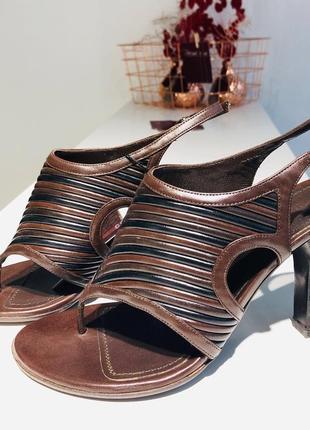Босоножки женские bottega venetа на каблуке