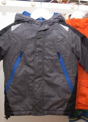 Куртка rebel на 3-4 года