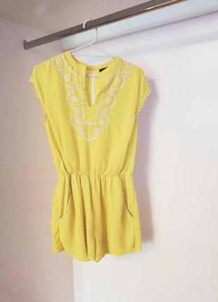 Atmosphere желтый шифоновый комбинезон шортами с вышивкой
