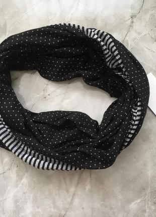 Новый легкий весенне - осенний  фирменный шарф зебра хомут от castro