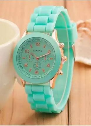 Часы наручные силиконовые