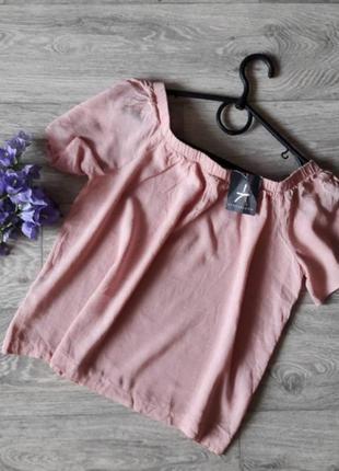 Пудровая блуза на плечики 10рр