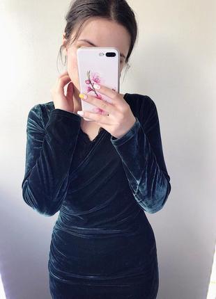 Платье миди длинное по фигуре бархатное велюровое