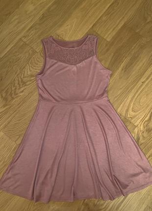 Красивое летнее платье цвету пыльной розы s