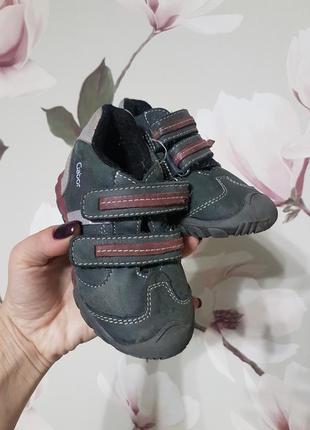 Фирменные детские кожаные туфли от gabor  23