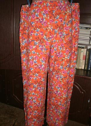 Шикарні актуальні модні штанішки f&f.