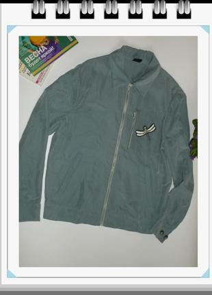 Стильная модная крутая куртка ветровка zara man со стрекозами серо-голубая