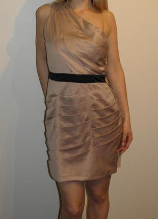 Красивое  бежевое нюдовое коктейльное платье со сборками на одно плечо р. (14) xl
