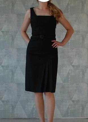 Деловое платье с поясом