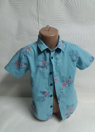 Лёгкая красивая рубашечка сделана в индии