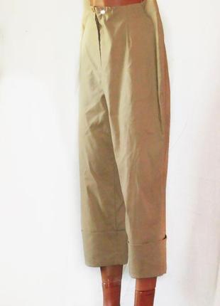 Скидки до 03. 11. стильные стрейчевые капри-брюки для пышных форм.