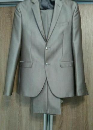 cb384e07e3a4 Светлые мужские костюмы 2019 - купить недорого мужские вещи в ...