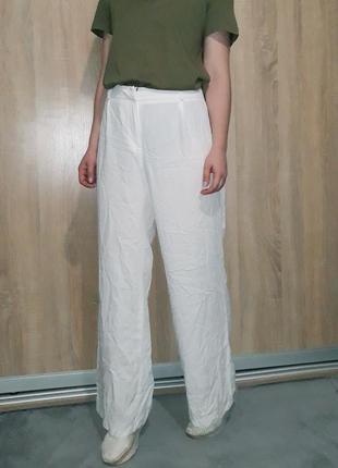 Шикарные широкие легкие белые брюки палаццо из вискозы на высокой посадке